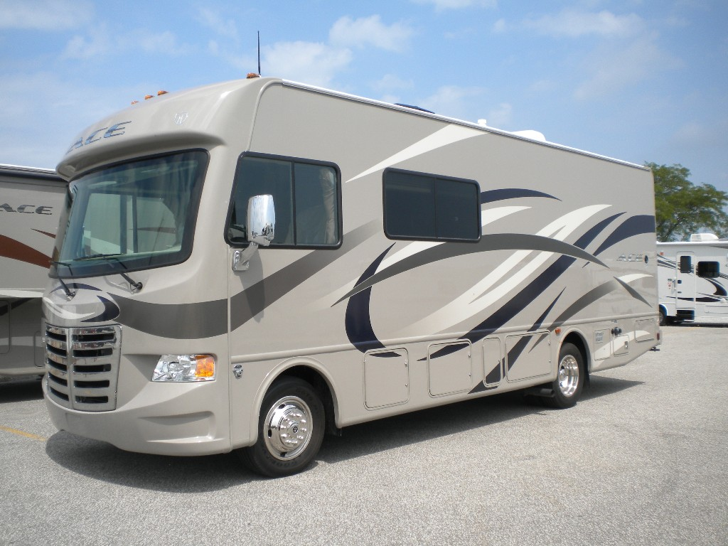 2014 thor ace class a motorhomes are here leisure for Class a rv with car garage
