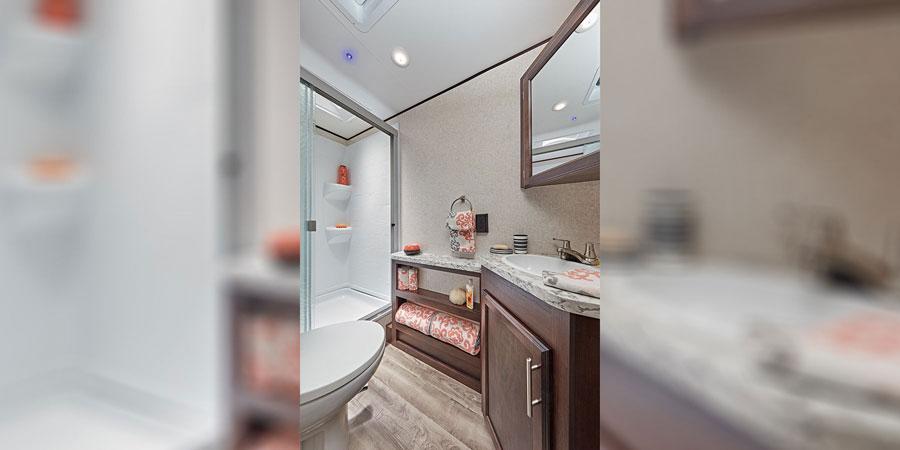 2019 Jayco Jay Flight Bathroom