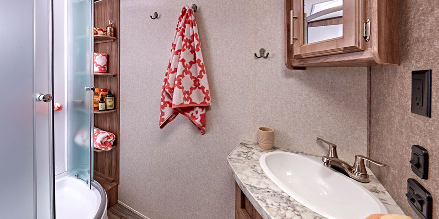 2019 Jayco White Hawk Bathroom
