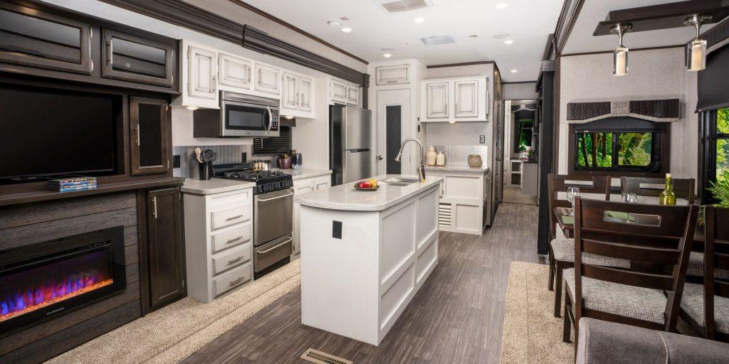 jayco-jayflight-slx-bungalow-kitchen