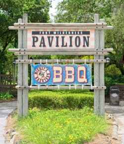 mickeys-backyard-bbq-sign (1)